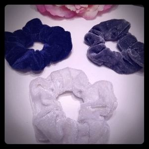 Velvet hairtie scrunchies